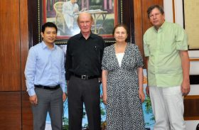 WTMG Meets Vietnamese Official in Hanoi